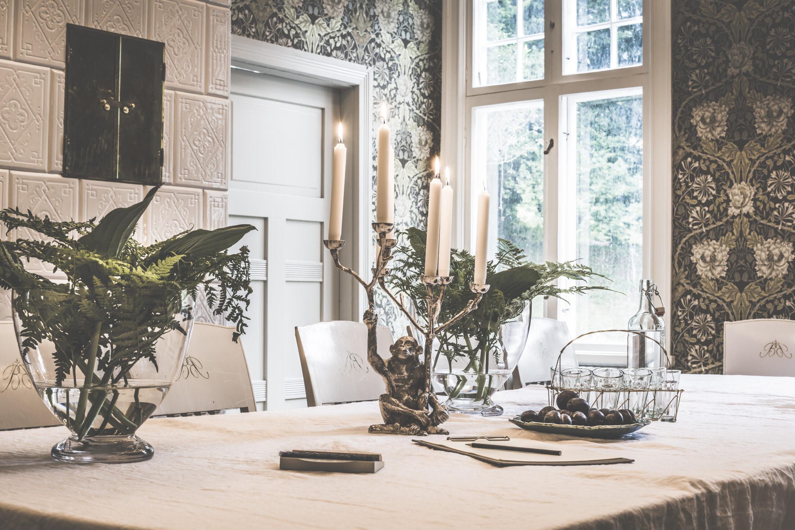 Detaljbild villa Strömsfors middagsbord