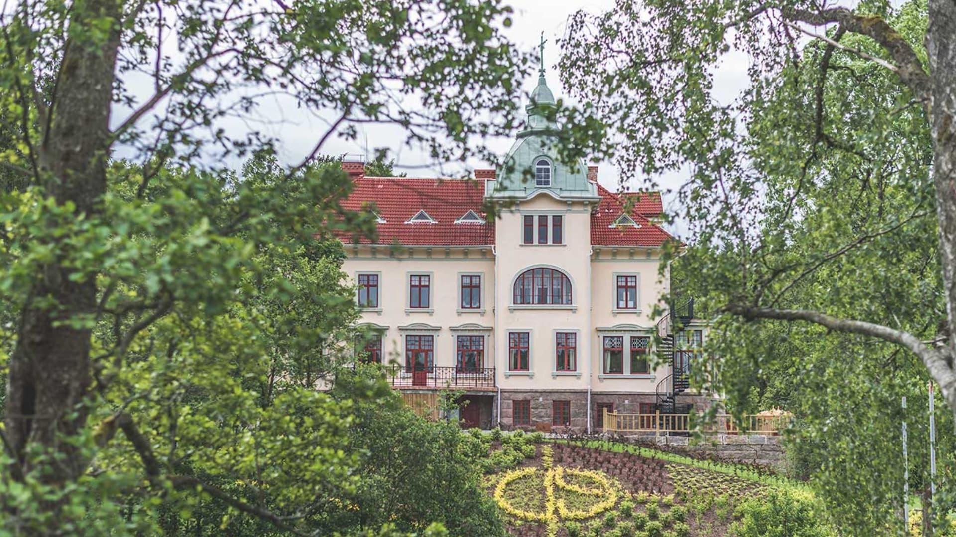 Exteriörbild på Villa Strömsfors framifrån